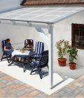 Terrassenüberdachung mit 3 mm Lichtplatten aus Acrylglas-Lichtplatten in glasklar - Wabenstruktur